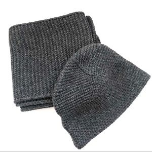 Bundle GAP Charcoal Grey Knit Beanie and Scarg